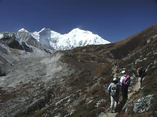 Photos from Kangshung trek.